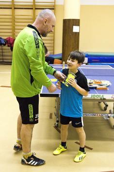 Turnaj vestolním tenise 19